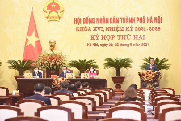Bí thư Hà Nội: Cơ bản kiểm soát tốt dịch, áp dụng biện pháp cho tình hình mới - Ảnh 1.