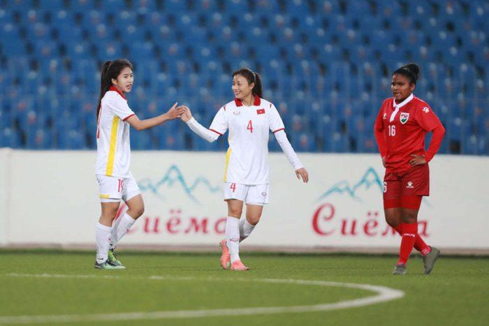 Tuyển nữ Việt Nam đè bẹp Maldives 16-0