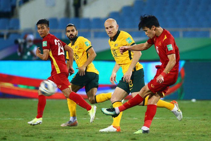 Thầy Park chốt 32 cầu thủ, sân Lạch Tray khó đón tuyển Việt Nam